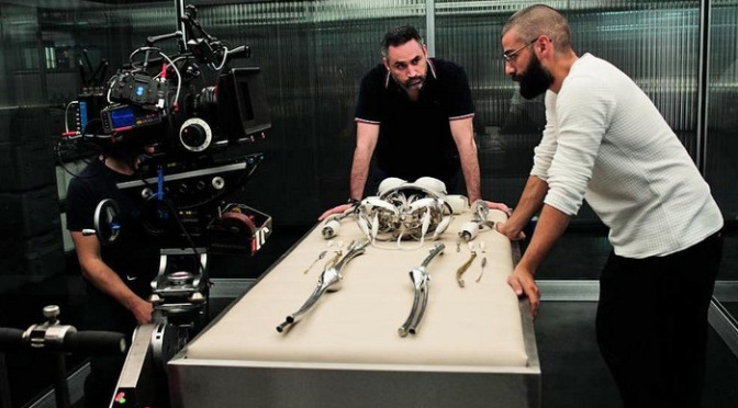 Oscar Isaac Reteaming with Director Alex Garland for Annihilation