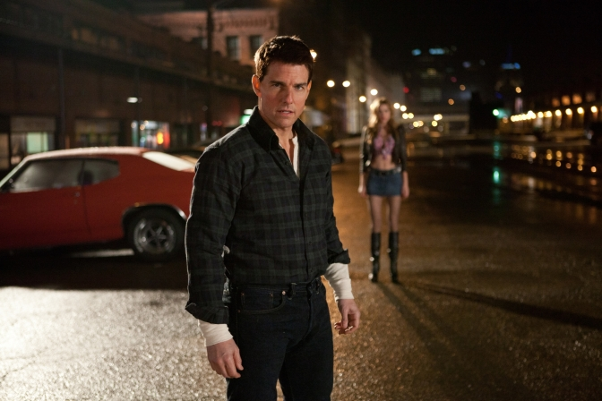 First Official Images from Tom Cruise's Jack Reacher: Never Go Back